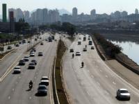 Fiscalização de velocidade média de veículos em SP entra em vigor nesta quarta-feira